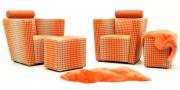 ARTHE - Sessel im orangen Stoff Romo Boost von Kirkby Design mit passenden Hockern