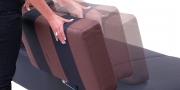 ASTOR - 2,5 Platz Sofa mit Sitz in Leder Rustik schwarz, verstellbare Rücken in breit-gestreiften Stoff schwarz-braun