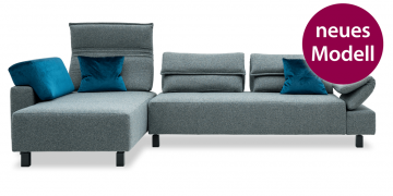 neues Modell BONO - 2,5 Platz Sofa mit Longchair in Stoff Mercis graublau