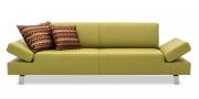 CENTO - 2,5 Platz Sofa in Leder Napoli Kiwi mit zwei Dekokissen