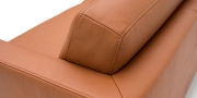 CHESTER - Detailbild vom Rücken in Leder Rustik tobacco