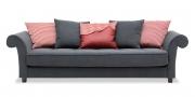 DIVAN - Sofa in grauem Stoff mit Zierkissen im Stoff Mosaik rot und grau