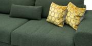 HOME - 3 Platz Sofa in Stoff Art Novel Comara forest grün meliert Detailansicht Sitzkissen