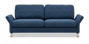 MILO - 2,5 Platz Sofa in blauem Stoff mit ausgeklappten Armlehnen