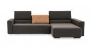 SIRIUS - 2,5 Platz Sofa mir Longchair in braunem Stoff mit losen Rückenkissen