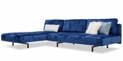 WAVE - 3 Platz Sofa mit Longchair in blauen Velours in ausbrenner Optik mit Zierkissen
