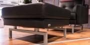 Sessel und Hocker Chesterfield mit passenden Sofafüßen
