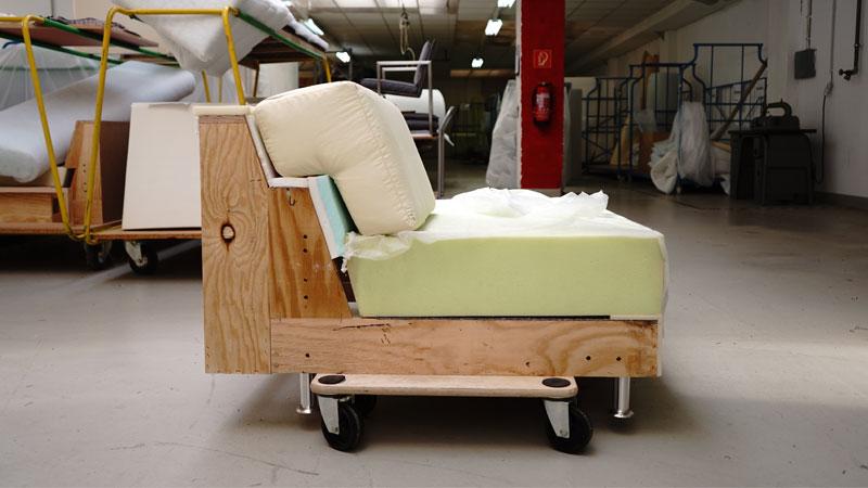 Innenleben vom neues Modell Sofa Sirius seitlich