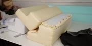 Neues Modell Sofa Sirius Detailbild vom Rückenkissen