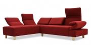 Sofa Futura bezogen in Alcantara Colorado Pompeian Red rot