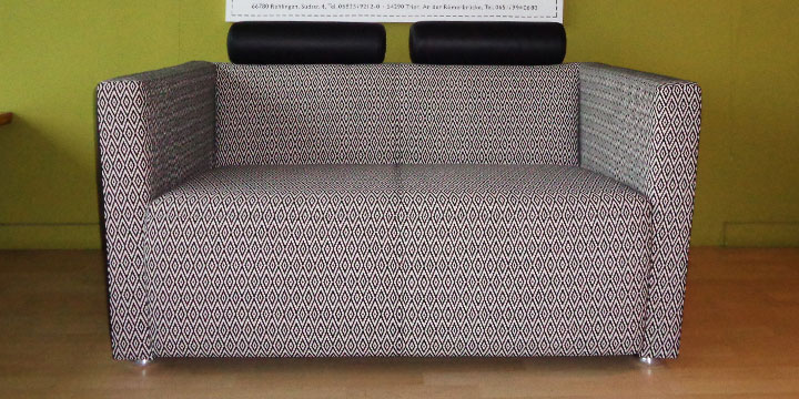 reduziertes Ausstellungsstück Designsofa Arthe in Stoff Leder Kombi