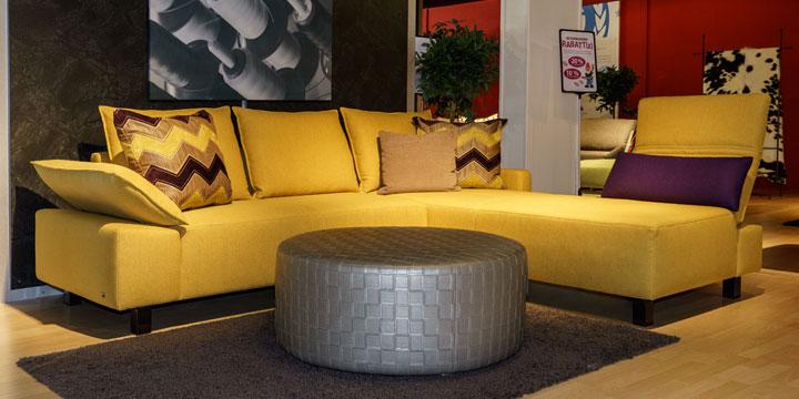 reduziertes Ausstellungststück Sofa Pablo in gelben Stoff