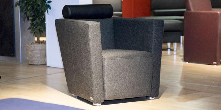 Arthe - Sessel Wolle dunkelgrau Kopfstütze Leder schwarz