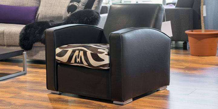 King Carl I - Sessel Leder Ibiza schwarz mit Effektnaht