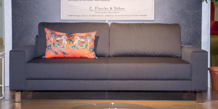 Amica - 2,5 Platz Sofa in Stoff S&V Comfort dunkelgrau