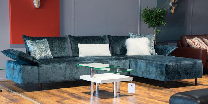 Beluga - 2,5 Platz Sofa + Longchair Stoff Aurim Levante blaugrau