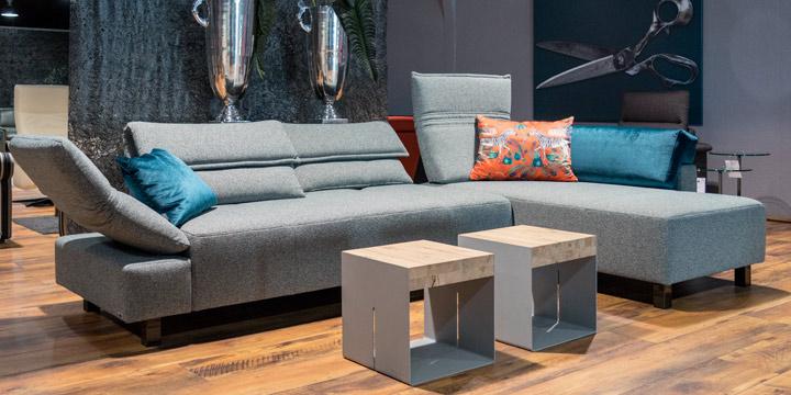 Bono - 2,5 Platz Sofa + Longchair in Stoff Duffy grau-blau meliert