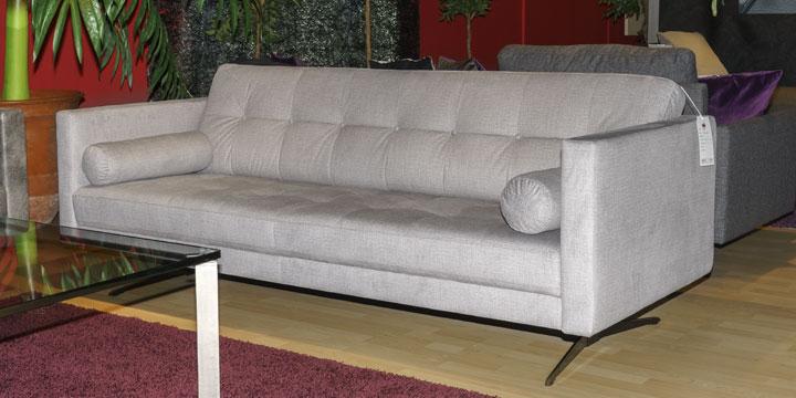 Sale Ausstellungsstück Sofa Chester in Stoff Lisbon light grey