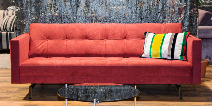 Chester - 2,5 Platz Sofa mit knopfheftung Alcantara 8801 bordeauy