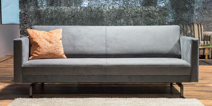 Chester - 2,5 Platz Sofa, ca. B 212 x T 93 cm in Stoff S&V Saviba grau