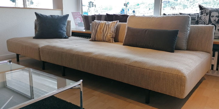 Easy - Sofa und Hocker in Stoff S+V Magic Enjoy beige meliert