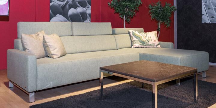 2,5 Platz + Longchair in Stoff S&V Magic lindgrün