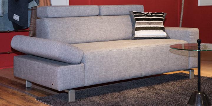 Finesse Armlehne Indigo - 2 Platz Sofa Stoff S&V grau