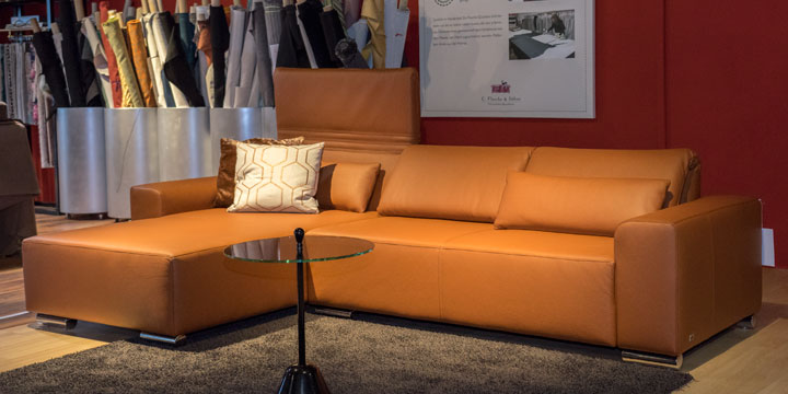 Futura - 2 Platz Sofa + Longchair inkl. Lendenkissen Leder Dolomiti cognac mit Effektnaht