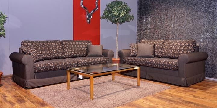 reduziertes Ausstellungsstück Sofagruppe Ora in braunen Stoff
