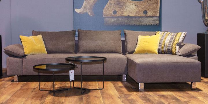 Pablo II - 2,5 Platz Sofa + Longchair bezogen in Stoff Bronx braun