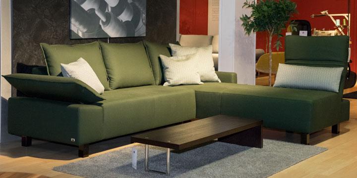 Pablo II - 2 Platz Sofa + Longchair Stoff Kalahari grün