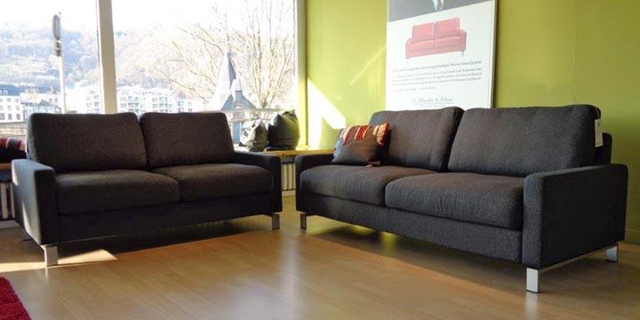 reduziertes Ausstellungsstück Sofagruppe Salma in grauen Stoff