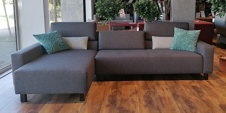 Sirius - 2,5 Platz Sofa + Longchair Stoff Barney grau