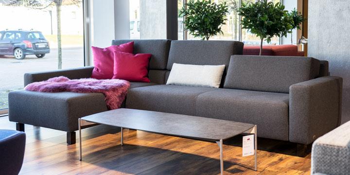 Sirius - 2,5 Platz Sofa + Longchair Stoff Barney anthrazit