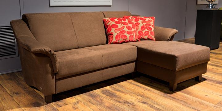 reduziertes Ausstellungsstück Sofa Turin in Mikrofaserstoff braun