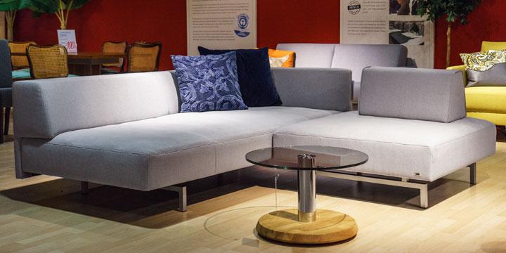 Sale Ausstellungsstück Sofa Wave in Stoff Seatlle light grey