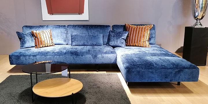 Wave - 3 Platz Sofa + Longchair Stoff Aurium blauer Velour-Samt