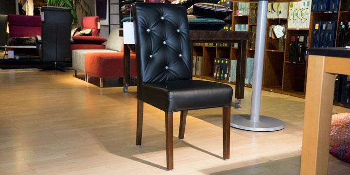 CF 960 Prunk - Stuhl mit Knopfheftung Leder schwarz